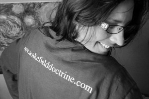 Friend of the Doctrine Cyndi Calhoun stylin in a DocTee  ...step on over to www.pictimilitude.com  an say hidy