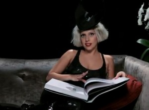 Lady-Gaga-Terry-Richardson-Book-reads-introduction-400x296