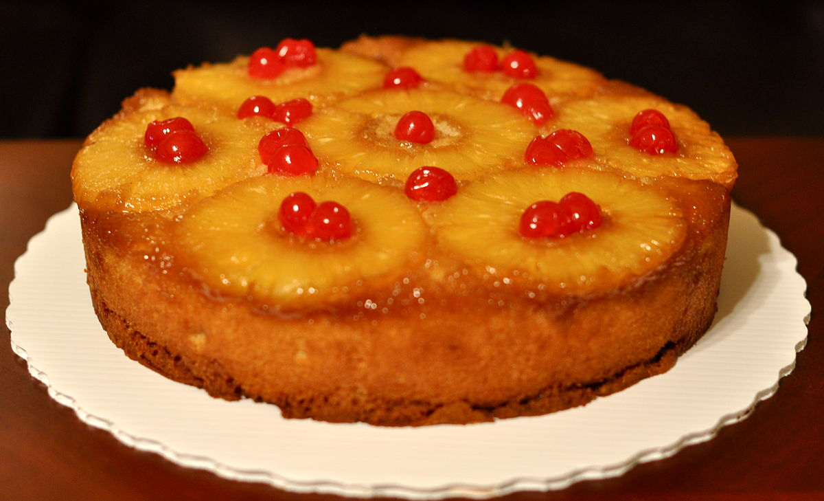1200px-Pineapple-upside-down-cake